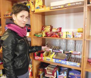 Pod osłoną nocy okradziono sklep spożywczy w Cierpicach. Właścicielka Anna Filitowska szacuje straty na ok. 2 tys. zł