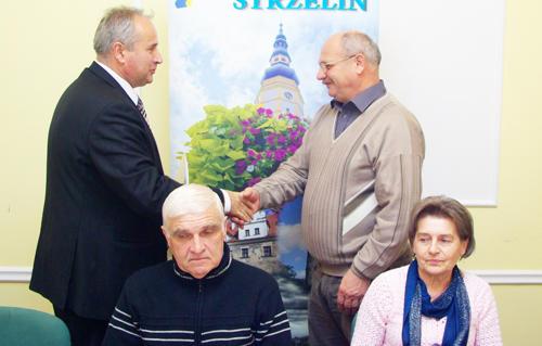 Przedstawiciele władz gminy i ZWiK spotkali się z sołtysami miejscowości, w których niedawno wykonano przyłącza do kanalizacji sanitarnej