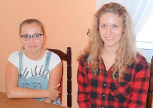 Julia Obrocka (z prawej) i Ola Motyka były zadowolone z imprezy, którą prowadziły