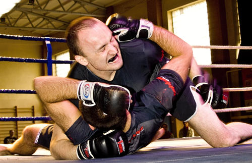 W pokazowej walce zaprezentowali się zawodnicy uprawiający MMA