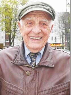 Stanisław Grobelny, długoletni dyrektor Liceum Ogólnokształcącego w Strzelinie
