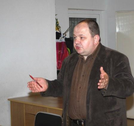 Dyrektor Zespopłu Szkolno-Przedszkolnego w Pzewornie Mariusz Michułka