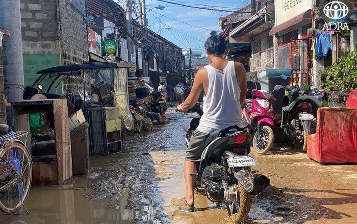 Vamco uderzył w Filipiny, potrzebna pomoc
